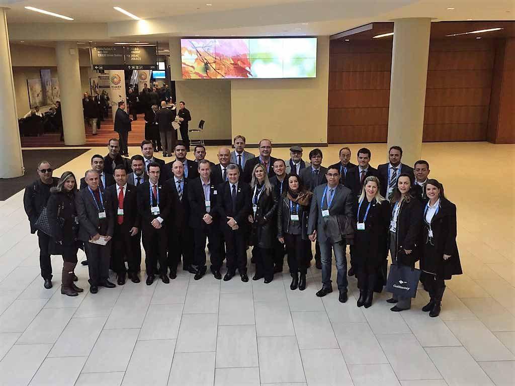 Foto 1- Autoridades e empresários - missão organizada pela CCBC